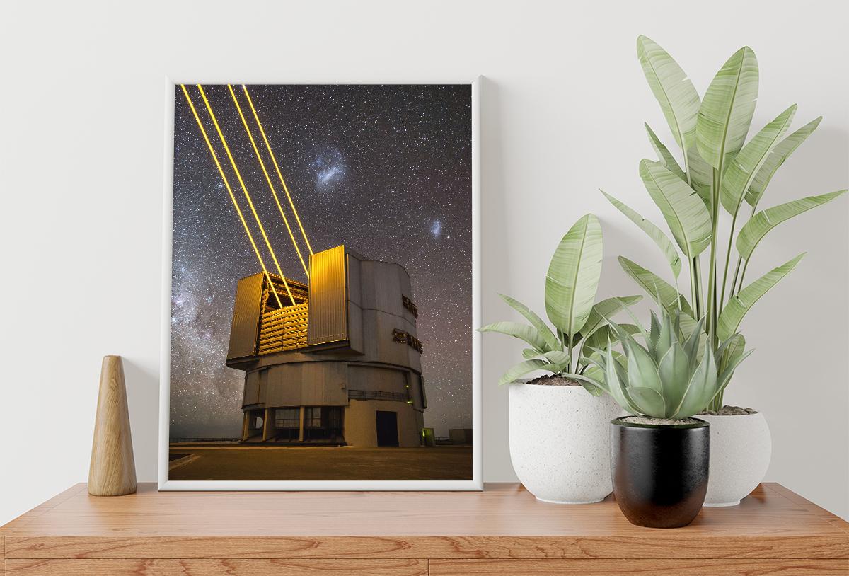 Plakat - Laserem w niebo - fototapeta.shop