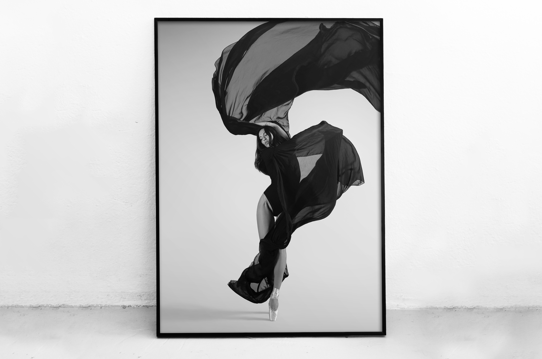 Plakat - Taniec z wiatrem - fototapeta.shop