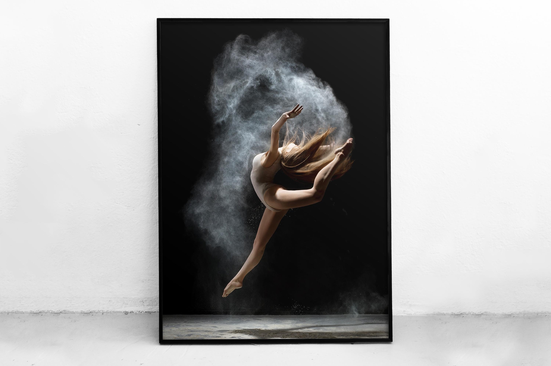 Plakat - Baletnica w skoku - fototapeta.shop