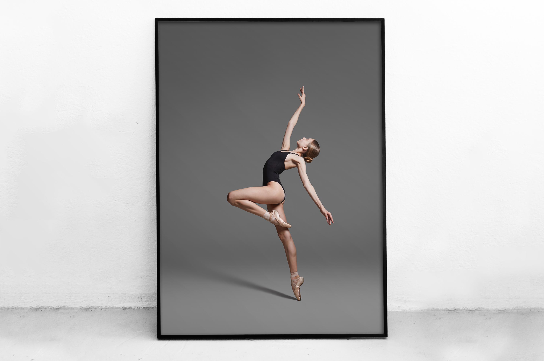 Plakat - Tańcząca baletnica - fototapeta.shop